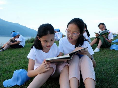 宁波市开展23项书香活动 让青少年在宁波图书馆过诗意儿童节