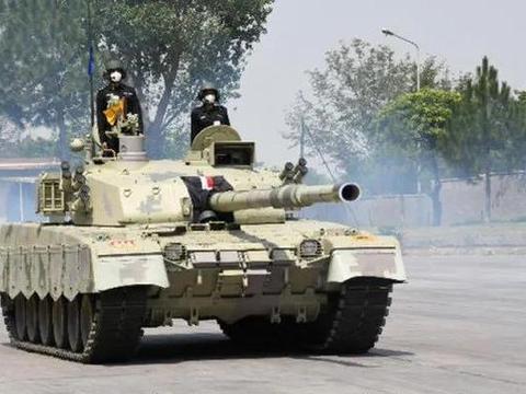 """巴铁接收最新""""哈立德-I"""",但面对印度数千辆坦克仍然不够看"""
