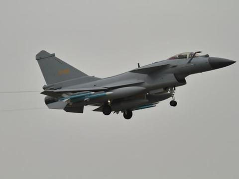 印军将领不愿意承认现实,坚称歼-20不如他们的阵风战机
