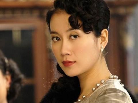 """她是黄磊学生,被称""""烂片女王"""",18年来一直不温不火"""