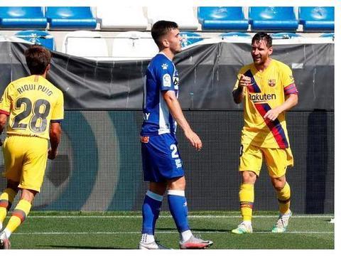 登贝莱踢球缺少灵性,除了内马尔,还有谁能辅助梅西