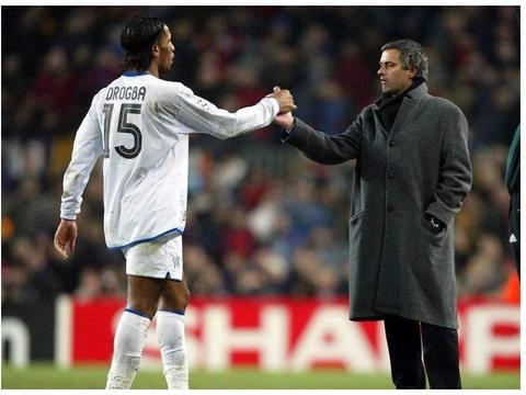 两大非洲足球先生认可穆里尼奥是最佳教练,队报还是选择齐达内