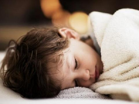 """孩子出现这种甲醛中毒的""""症状"""",家长别当成感冒,小心拖成重症"""