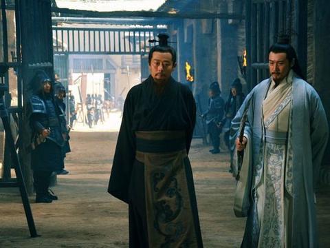 蜀汉最忠诚的大臣,一心怀念蜀汉不肯加入东吴,诸葛亮也对他思念
