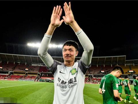 杨智退役!曾0丢球帮国足夺东亚杯冠军,邵佳一:全国球迷的损失
