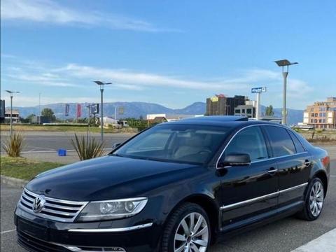 """大众""""旗舰王""""轿车,售价百万,6缸涡轮动力,被称豪华版帕萨特"""