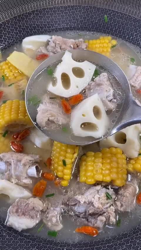 玉米排骨汤这样做,营养丰富,非常美味