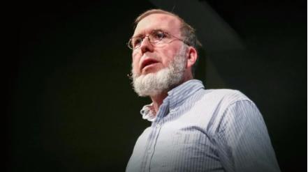 """凯文·凯利AI的一个前沿就是要发明自然界中不存在的""""思维方式"""""""