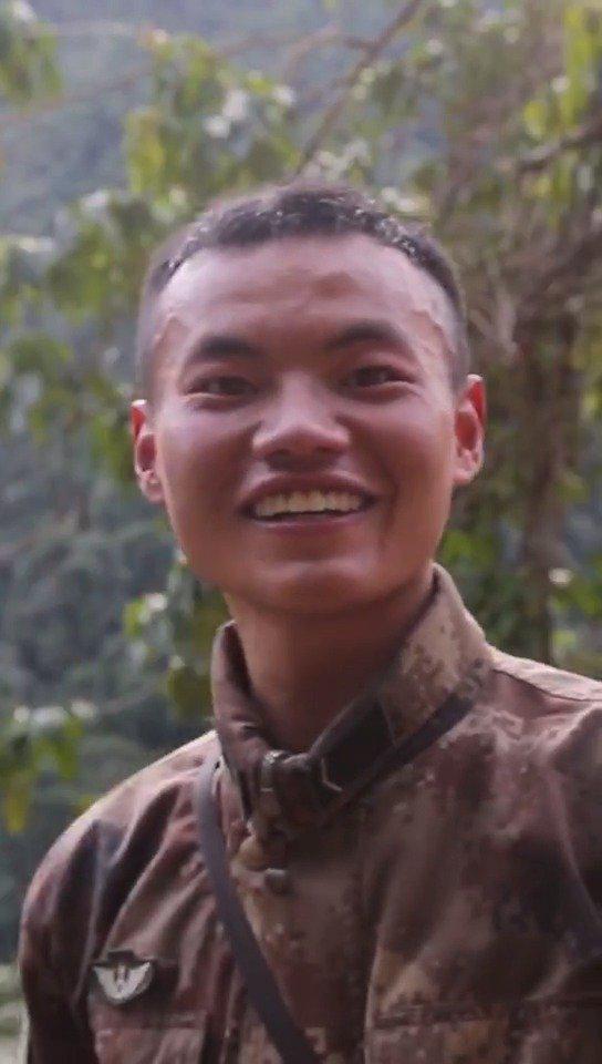 西藏墨脱,原始森林蛇虫肆虐,即使被蚂蝗咬伤鲜血淋漓仍要坚持……