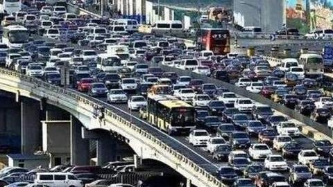 """交警:正在摧毁中国交通的不是减速慢行,这4点才是""""罪魁祸首"""""""