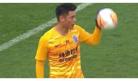 一场1:0申花后防最稳猛将浮现,李铁一大发现,颜骏凌或为他让位