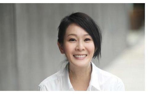 为爱痴狂的刘若英:痴恋陈升,与黄磊相忘于江湖,42岁情定富商