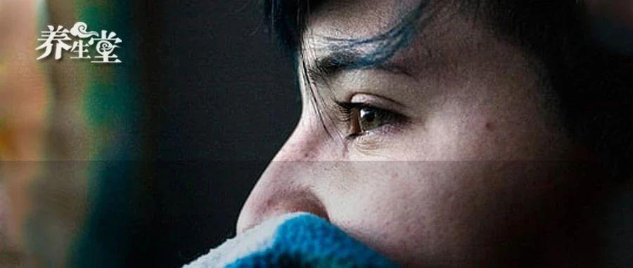 视力下降、视物模糊变形、眼底出血……久拖不治会致盲!中医一个疗法化解失明危机!