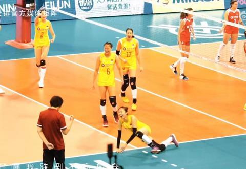 中国女排3比2逆转意大利女排,成为了女排们后期赢球的优势!