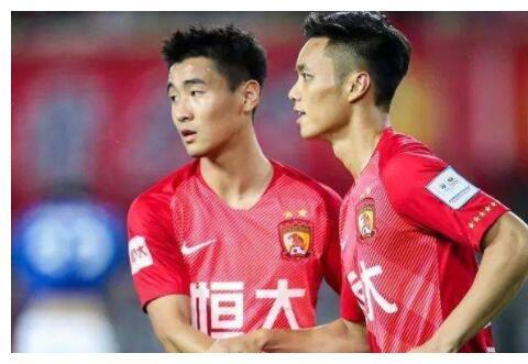 第二个胡睿宝?冯博轩加盟河南建业成球队核心,未来或不回归恒大