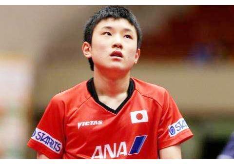 张本智和心虚了!坦言自己心里没底,但日本人却指望他奥运夺冠