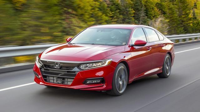 月销量超2万台,本田雅阁哪款车型最值得买?今儿给你来支招!
