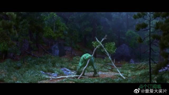 高分动漫电影《恐龙当家》,小野人大战红头怪蛇那段很精彩