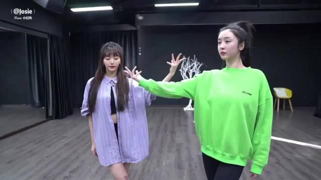 赵小棠、孔雪儿 初舞台练习室版