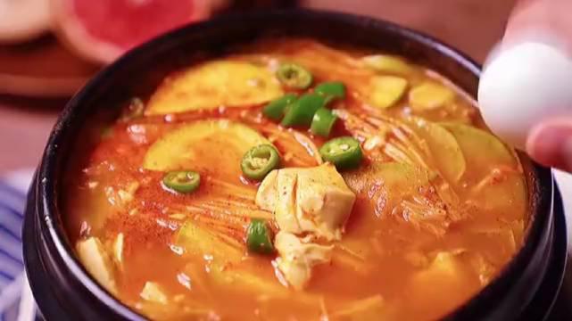 美滋滋的韩式豆腐汤!太好吃了!