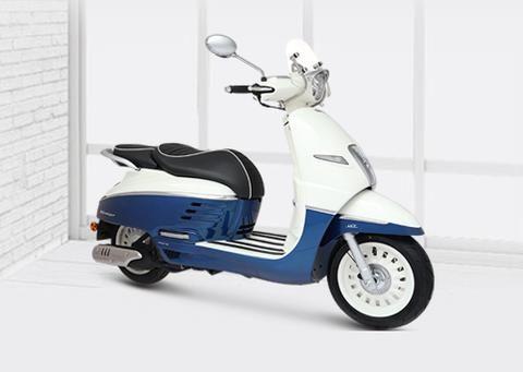 法系高端水冷踏板,功率9.3kw配ABS,极速105km,2.28万