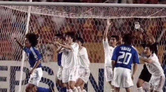 2004年的今天,中国队在亚洲杯决赛中坐镇工体迎战日本队
