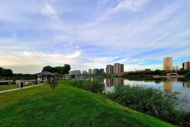 """山西""""最大""""的公园,人称太原""""金鸡湖"""",耗资5.6亿却免费开放"""