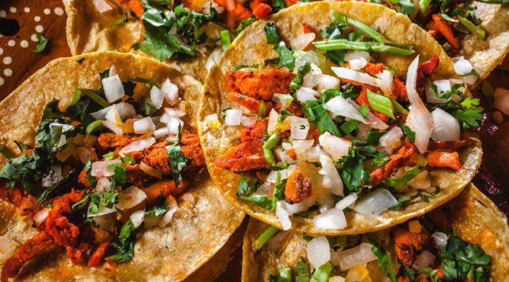 Netflix最新出品的美食《街头绝味:拉丁美洲》……