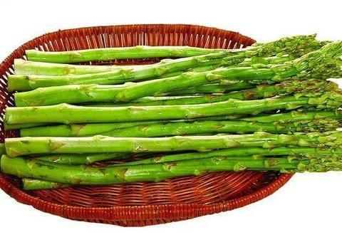 芦笋的六个功效与作用,常吃芦笋抗氧化瘦出好身材