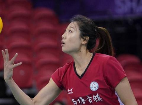 """八一女排主攻手号称""""二队朱婷"""",优缺点明显,有机会打奥运吗?"""