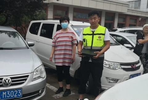 安阳市曙光应急救援队:冒雨救援抛锚汽车一天纪实