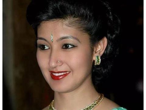 尼泊尔最美王妃出身印度贵族,08年沦为平民,她还会翻盘吗