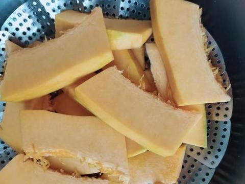 老南瓜加全麦粉做贝果,无油无盐,减脂好帮手