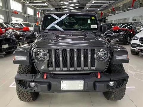 新一代jeep牧马人亮相!金属灰外观+8AT,猛降5万,新造型真帅气