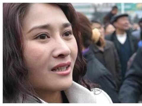 曝自己被很多导演潜过,张纪中斥她是败类,张钰现在如何了?