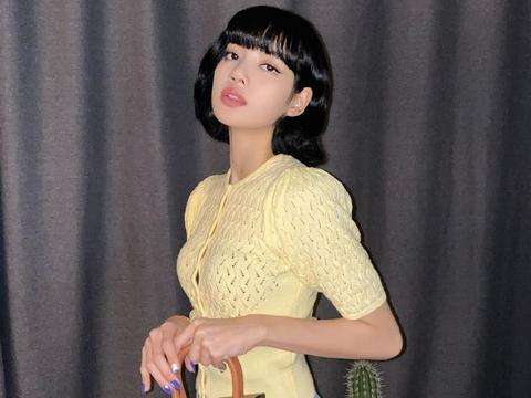 《青你2》导师LISA晒最新美照,短发波波头的造型,美到不敢认