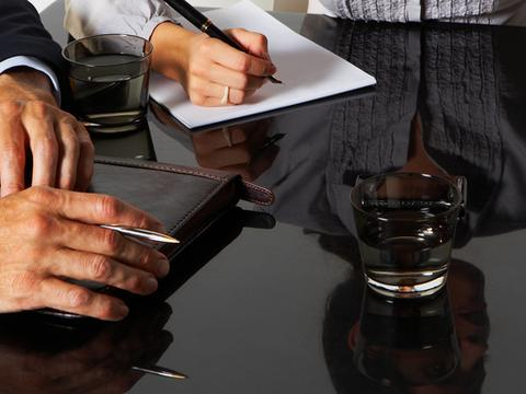 两年半减少逾千家 小贷公司如何走出困境