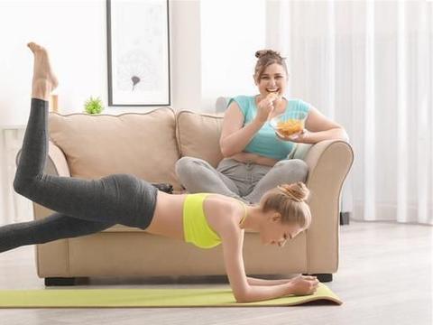 """日常不起眼的行为,却是发胖的""""祸端"""",趁早改,减肥或小事一桩"""