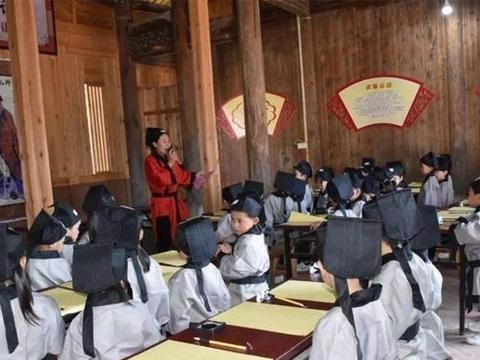 """古代孩子上""""幼儿园""""都学些什么?他们的人文教育,值得追随"""