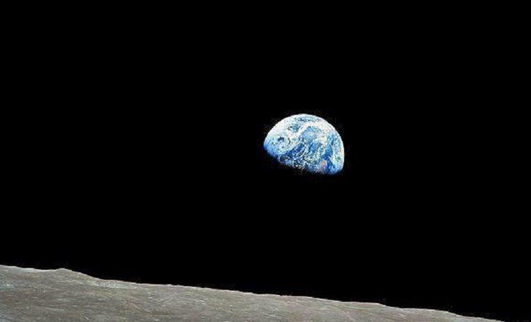 为何在地球能看到星星,月球却看不到呢?科学家说出答案