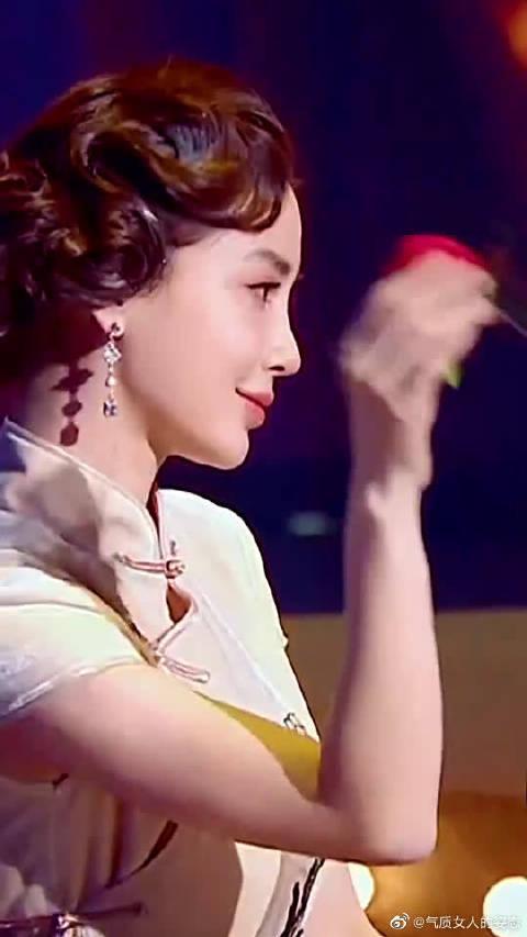 angelababy旗袍造型,欣赏一波杨颖的神颜