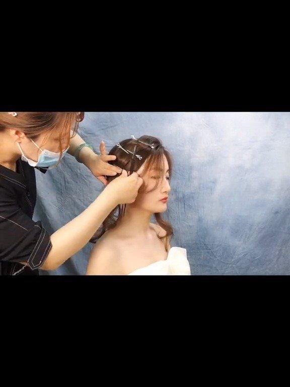 韩式新娘的白纱造型教程 :Daisy彩妆造型馆