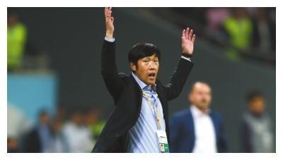 高洪波2011年亚洲杯为何不用郑智、邵佳一、李玮锋?