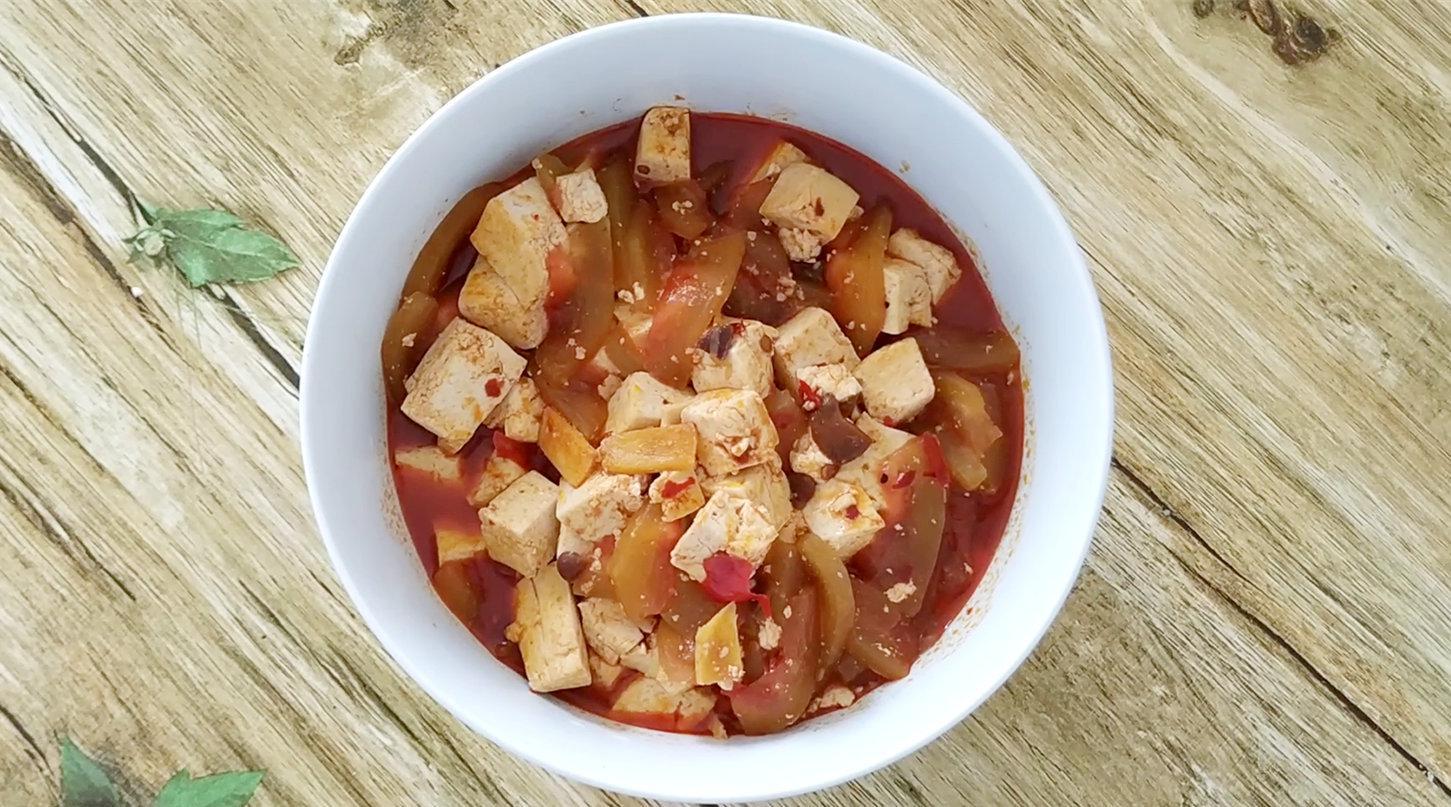 吃完的西瓜皮别扔了,教你和豆腐一起做西瓜酱,好吃又健康