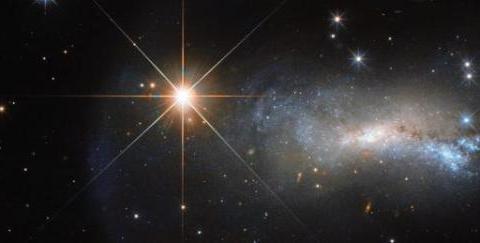 """占据宇宙总质量的85%,却始终无法观测,暗物质终于""""露出马脚"""""""