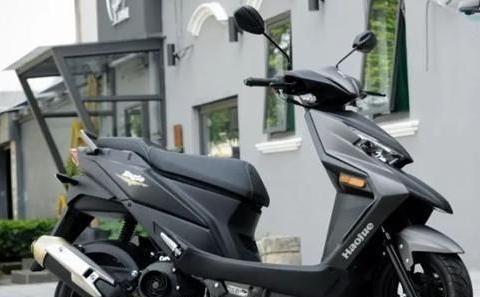 昊锐新推出的125级运动踏板,ESS发动机+国四电喷6.6k