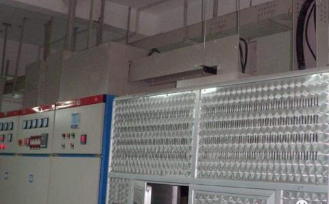 变配电房低压电源侧的接地引出点,一定是在变压器中性点吗?