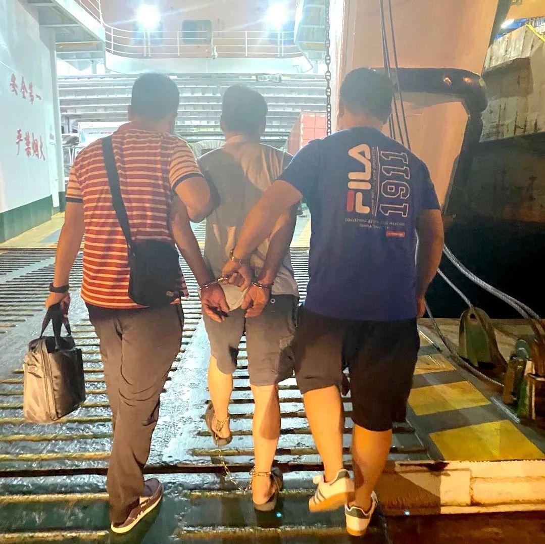 一张签证拨开云雾见凶手踪迹 陵水警方奔赴广东抓获一潜逃25年命案嫌疑人