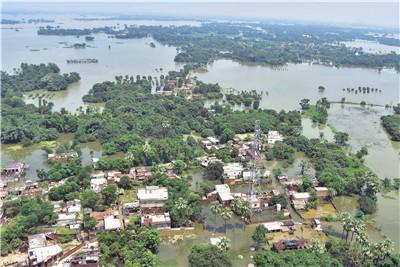 本溪日报印度比哈尔邦洪水泛滥