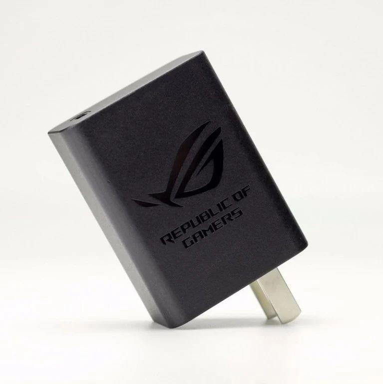 拆解报告:ASUS华硕30W USB PD快充充电器